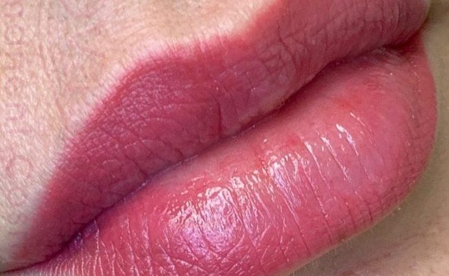 Lip blush permanent makeup